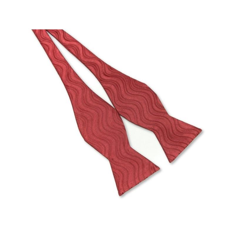 Noeud papillon rouge à motifs
