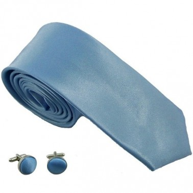 cravate slim bleu-clair et boutons de manchette