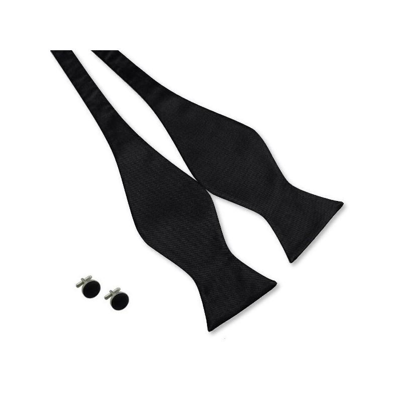Noeud-papillon noir et ses boutons