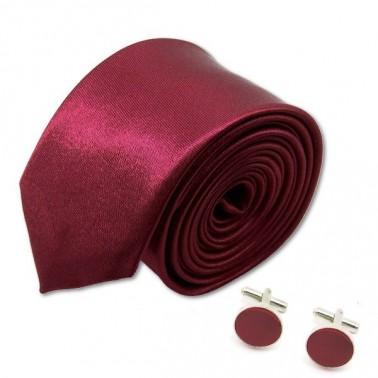 Cravate slim et ses boutons