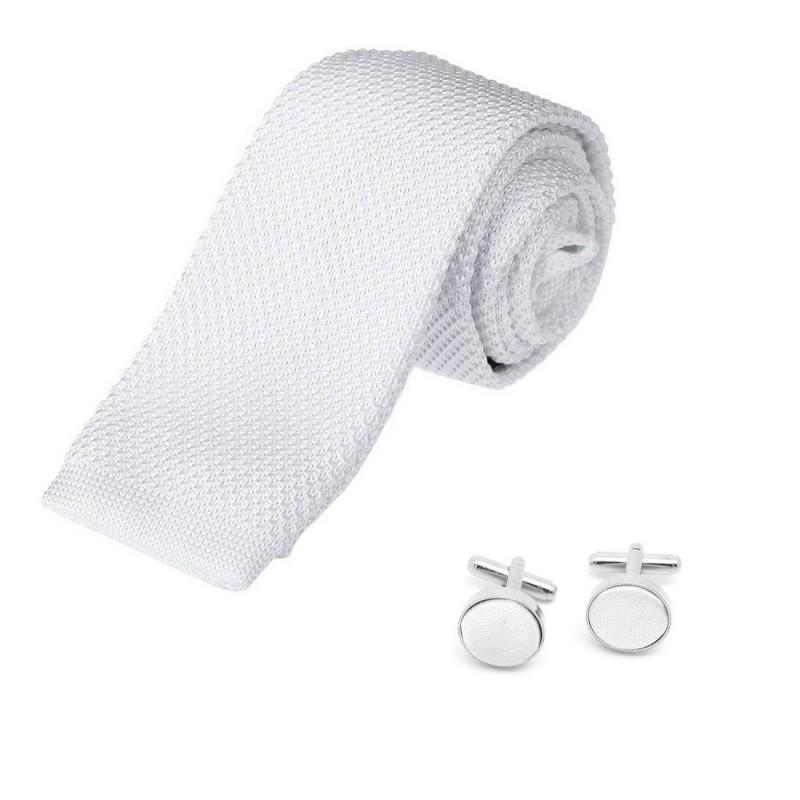cravate tricot blanche et boutons de manchette