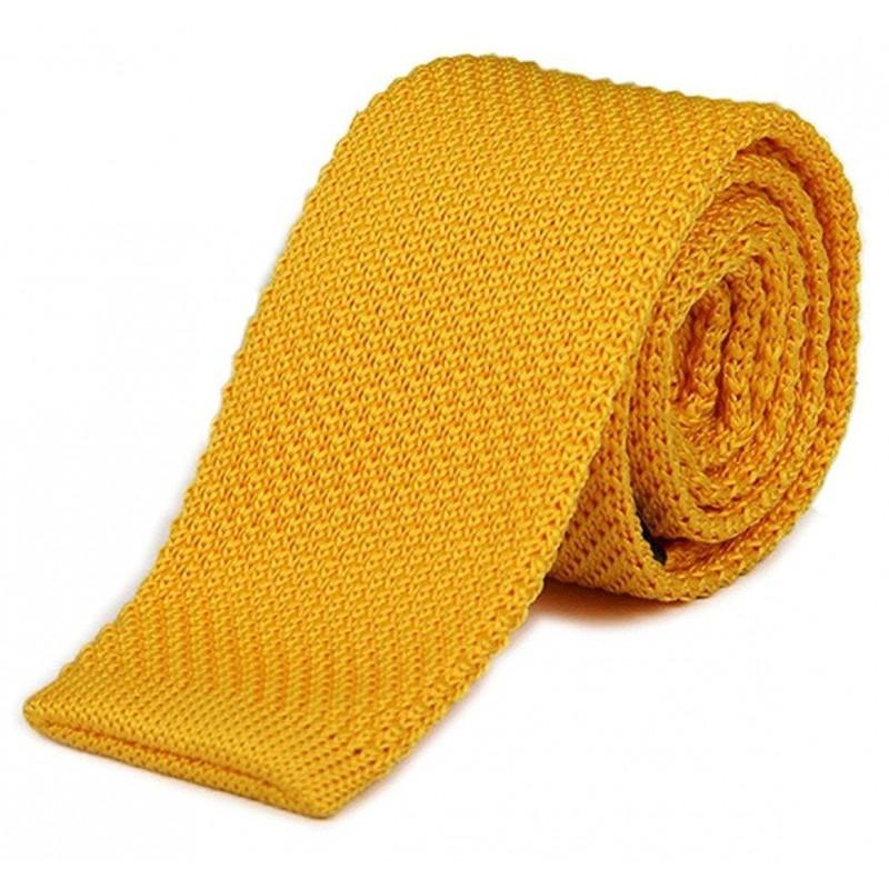 cravate tricot jaune-orange