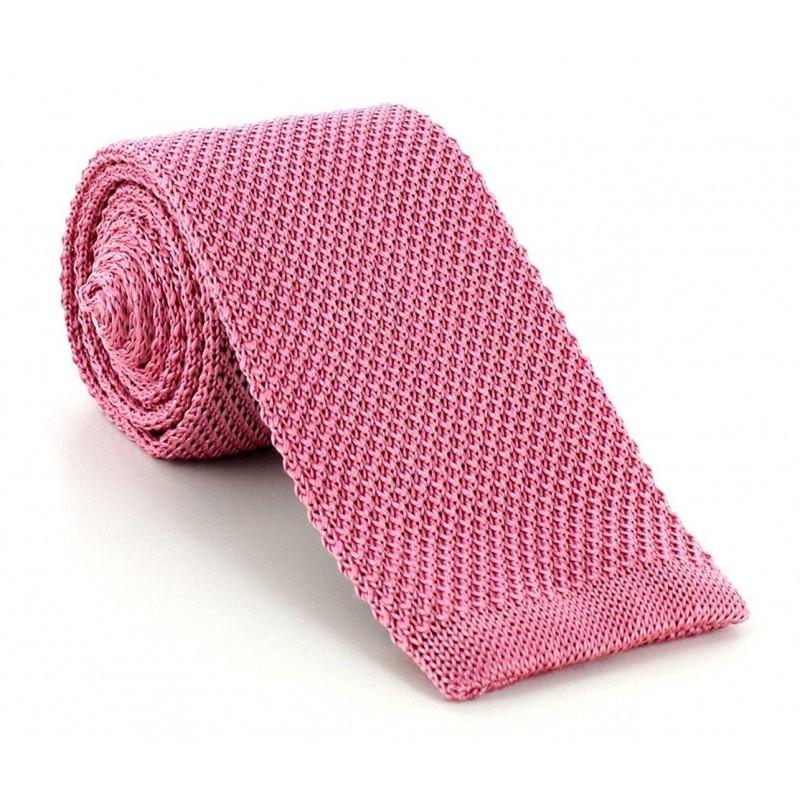 cravate tricot rose