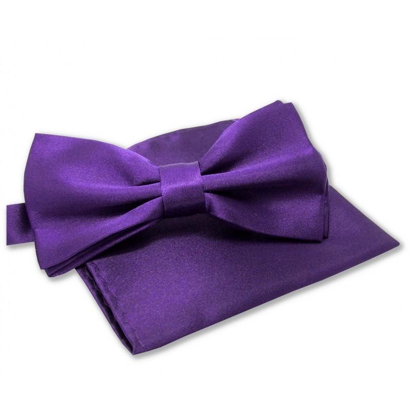 Noeud-papillon violet et pochette violette