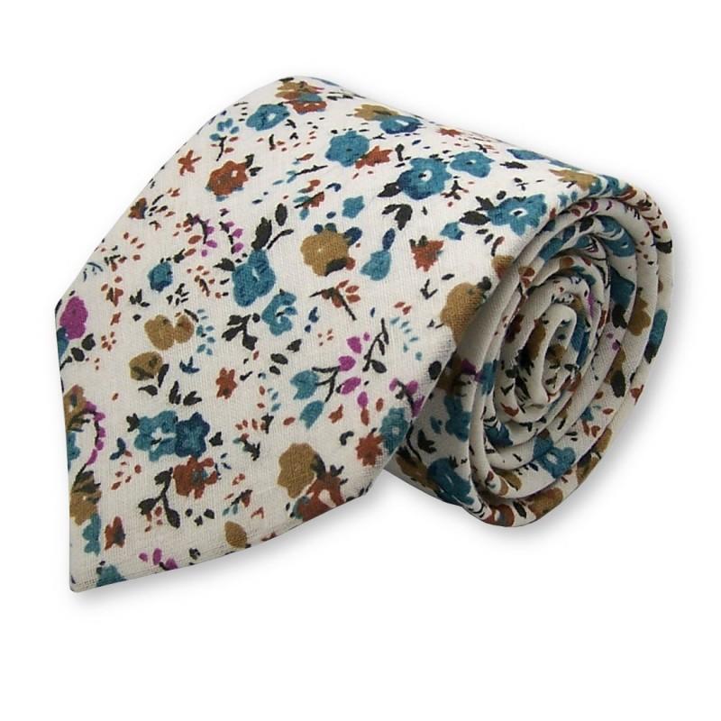 cravate originale, mélange de couleurs