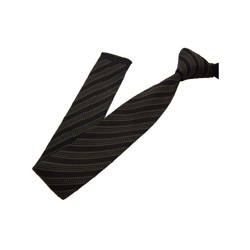 cravate tricotée noire et kaki